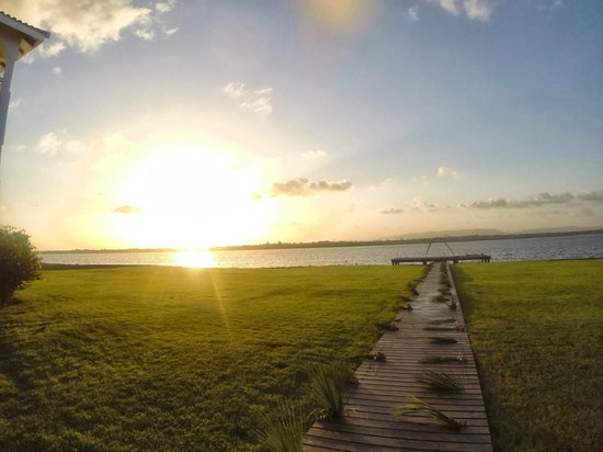 Belize Ocean Club Adventure Resort : Lagoon side at sundown.