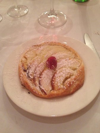 La Cave à Champagne : apple tarte