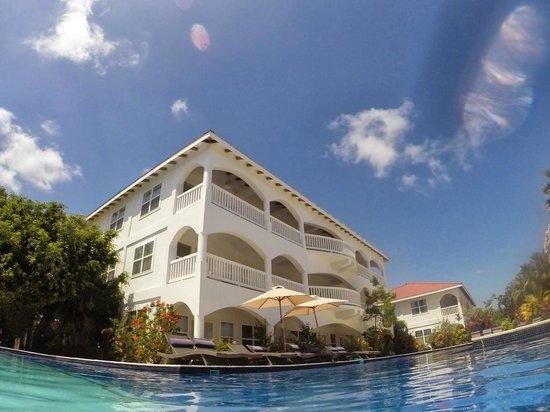 Belize Ocean Club Adventure Resort : Building we stayed in.