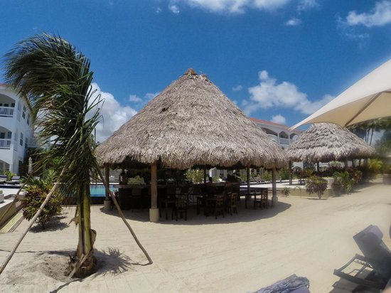 Belize Ocean Club Resort : Beach huts