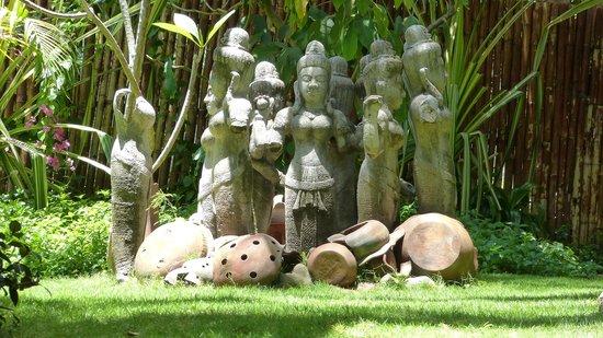 Cham Villas: Garten