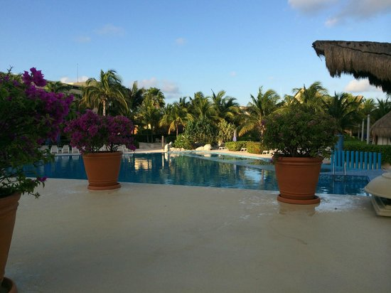 Presidente InterContinental Cancun Resort: Pileta
