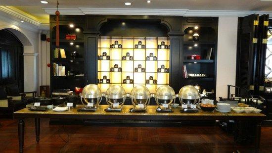 Sofitel Legend Metropole Hanoi: Buffet petit déjeuner