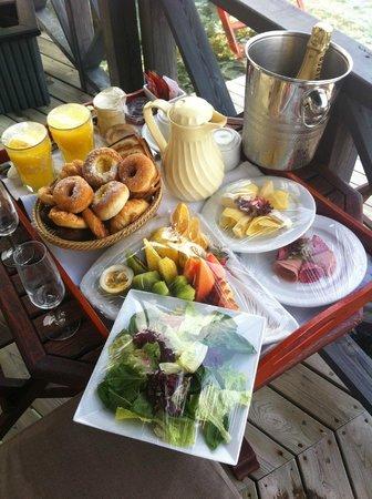 Kuredu Island Resort & Spa: Champagne Breakfast