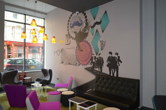 Ibis Styles Liverpool Centre Dale Street: The Lounge