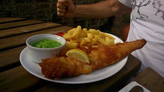 The Royal Oak Hotel: Battered Cod...moist fish and crispy batter