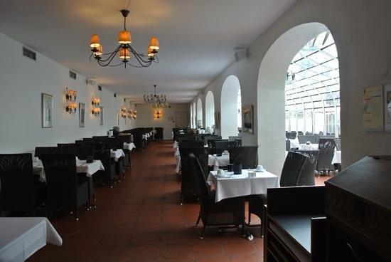 Hotel Kong Arthur : salle petit déjeuner