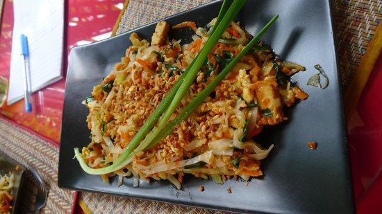 Thai Cooking Classes : Pad Thai with Tofu
