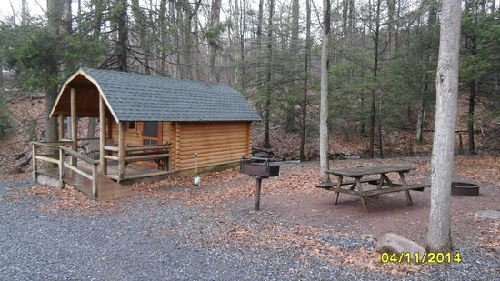 Twin Grove RV Resort & Cottages : One Room Cabin