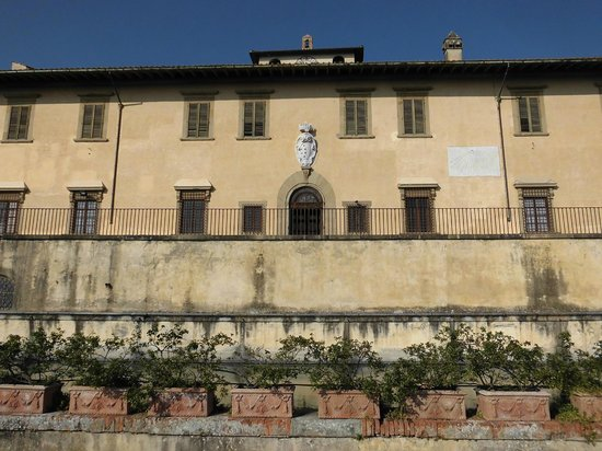 Villa Medicea La Petraia: Facciata esterna
