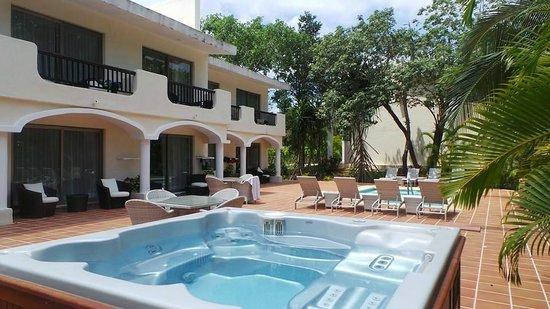 Sandos Playacar Beach Resort : Section Haciendas