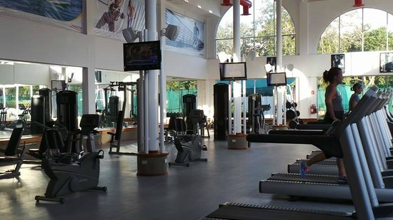 Sandos Playacar Beach Resort : Le gym