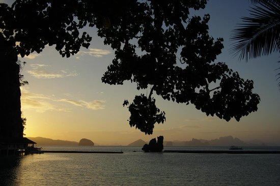 El Nido Resorts Lagen Island: Sunset at Lagen Island Resort
