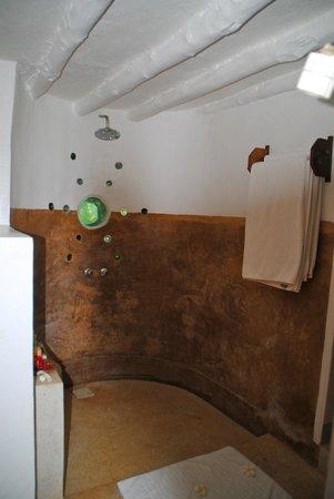 Matemwe Lodge, Asilia Africa: shower