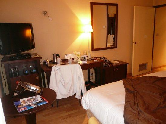 Best Western Lafayette Hotel & Spa: une partie de la chambre Best