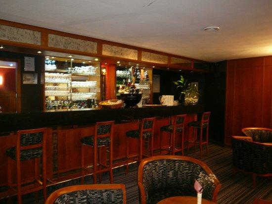 Best Western Lafayette Hotel & Spa: bar