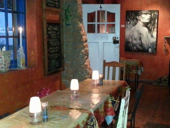 Deez Mexican Bistro: Lovely decor