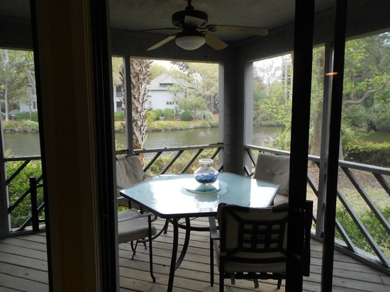 The Sanctuary Hotel at Kiawah Island Golf Resort : View of and from Screened Patio Porch