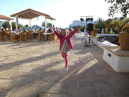 Dream Gran Castillo Resort: Terrace Fun!