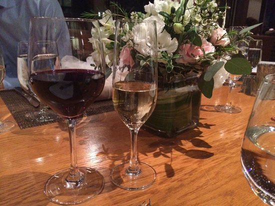 Viceroy Snowmass: Red wine, champs and flowers at 8k restaurant