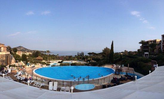 Pierre & Vacances Resort Cap Esterel: Autre photo du grand bleu