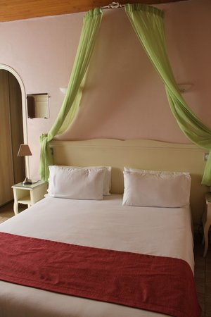 Hotel le Medieval: Chambre n°17