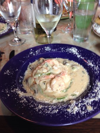 Silver Sage Grille: Shrimp with tomato cheese grits