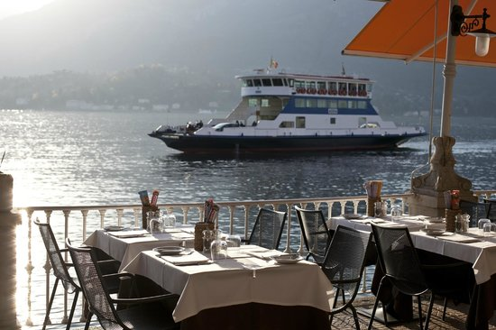 Hotel Metropole Bellagio: Breakfast lunch or dinner on our outside terrace