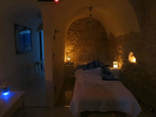 Giumbabulla Luxury House: spa a lump di candela in camera