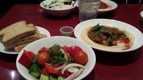 Hummus Bros: Amazing houmous with mushrooms and mixed salad
