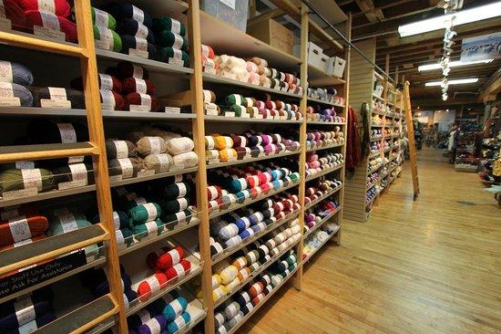 Paradise Fibers, Inc : Aisles of yarn at the shop