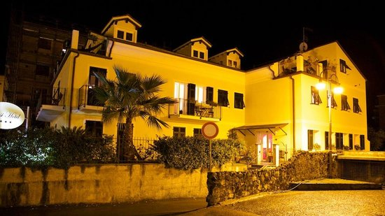 Oasi Hotel: nachtzicht