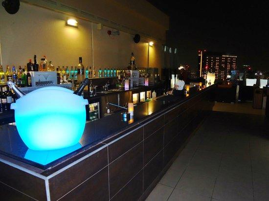 Fogueira Restaurant & Lounge : Outside bar