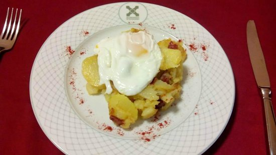 Hospederia Mirador de Llerena: Huevos rotos secos.
