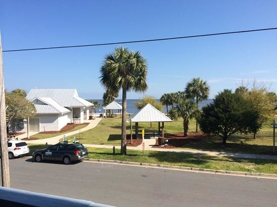 Park Place in Cedar Key : view from 2nd floor balcony