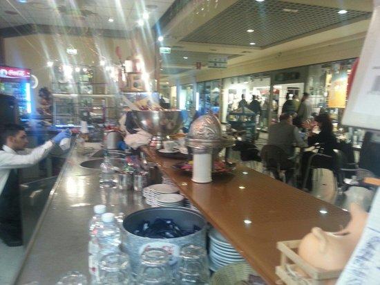 spritz all\'amarena e tropical - Picture of Cafe de Paris Le Gru ...