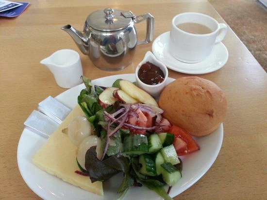 Brownsea Island: Gluten free ploughmans at the cafe.