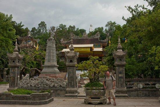 Long Son Pagoda : Вход