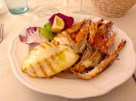Antica Osteria della Noce : Grilled Calamari, Scampi e Gamberoni