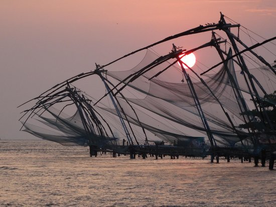 Old Harbour Hotel : Sunset over the fishing nets