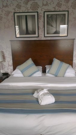 The White Swan Hotel : Warkworth suite