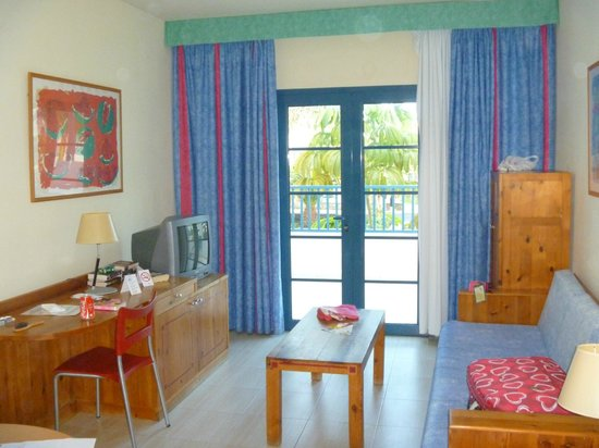 Aparthotel Paradise Island: the room