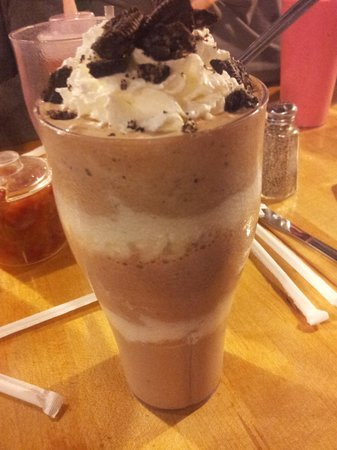 Mr. Bartley's Gourmet Burgers : Milk shake com Oreo