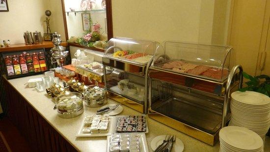Hotel Austria: Café da manhã