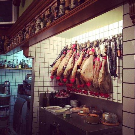 Devour Madrid Food Tours: Food Tour