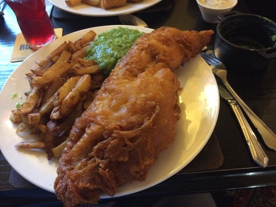 The Fox House Inn & Restaurant: Fish and chips. Please tell me any where else you would get a fish that size