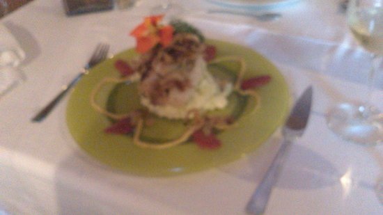 Cachoa Restaurant: Perch on mashed potato