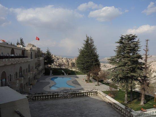 Uchisar Kaya Hotel: The view from our balcony at the Kaya Hotel