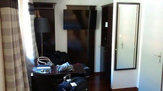 Hotel Brienzersee: Room