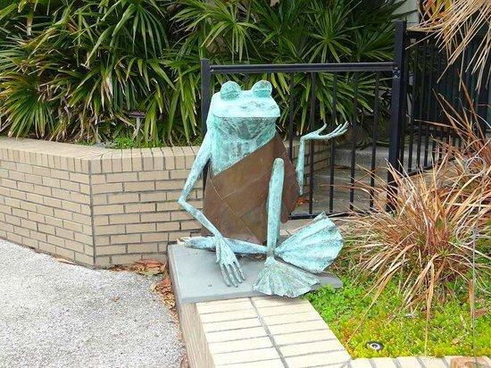 New Hanover County Arboretum: sculpture